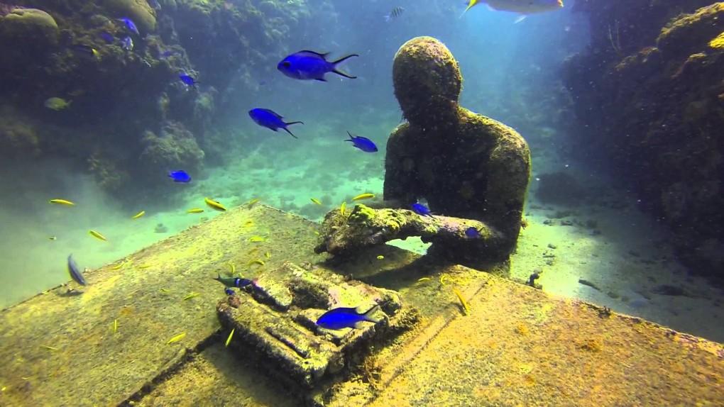 Jason deCaires Taylor sculptura subacvatica