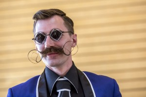 campionatul-mondial-a-barbii-si-mustatii-din-austria