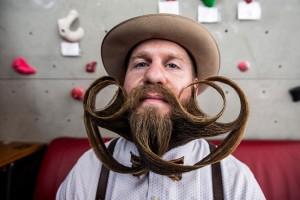 fotografie de la campionatul mondial al barbii si mustatii