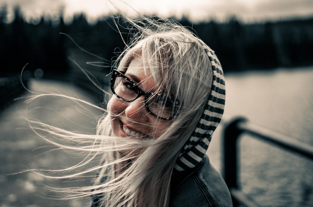 Cum sa iti setezi creierul pe modul happy