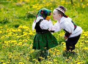 dragobetele_sărută_fetele